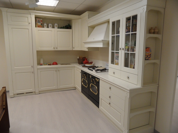 Po gian luigi arredamenti stilnovo - Cucine color avorio ...